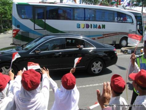 Lambaian Presiden SBY pada laskar merah-putih