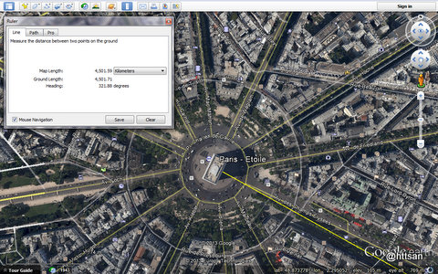 Arc de Triomphe di Google Earth.